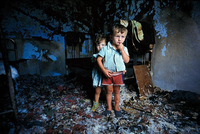 Chechen Children in Ruins of their Home, 1997 Archival Pigment Print