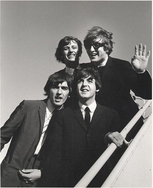 The Beatles land in Los Angels, 1964 Gelatin Silver print
