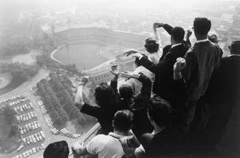 University of Pittsburgh students watch the 1960 World Series from the Cathedral of Learning, Pittsburgh, Pennsylvania, 1960 Gelatin Silver print