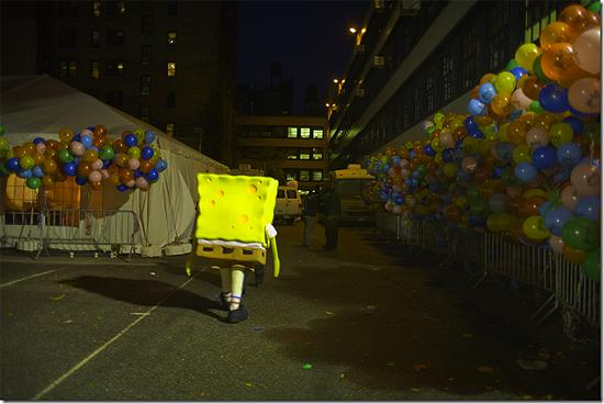 New York City, 2006 (Thanks giving Day Parade, Sponge Bob) Archival Pigment Print