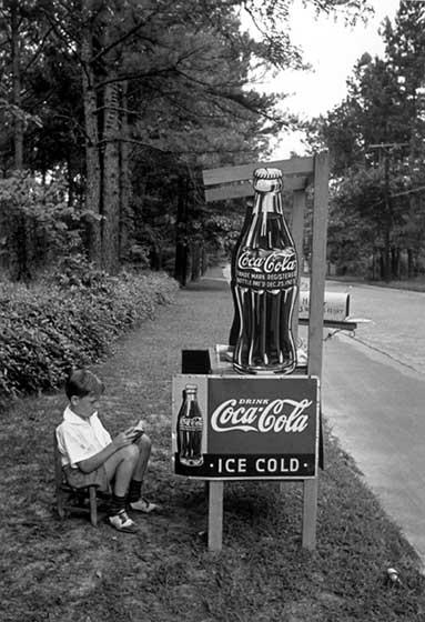 Little Boy selling Coca-Cola at Roadside, Atlanta. Georgia, 1936<br/>