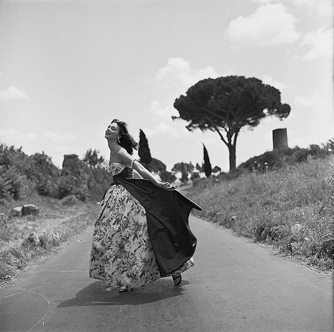 Ivy Nicholson, Appian Way, Rome, Italy, 1956<br/>