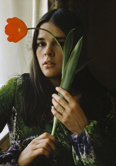 Ali MacGraw, LOOK, NYC 1975<br/>