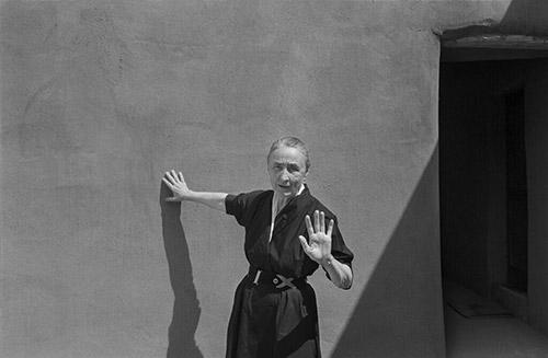 Georgia O'Keeffe and shadow, Abiquiu, New Mexico, 1960<br/>