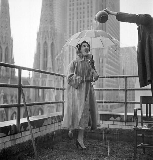 Umbrella LOOK magazine, NYC 1951<br/>