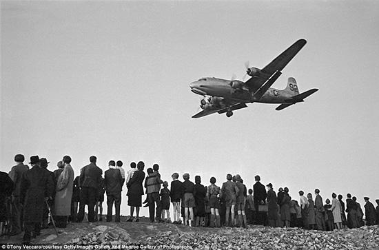 A C-54 plane during the Berlin Airlift, Germany, 1949<br/>