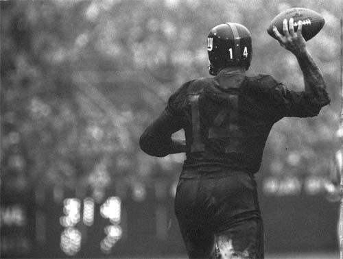 Y. A. Tittle, New York Giants, Yankee Stadium, December 12, 1964<br/>