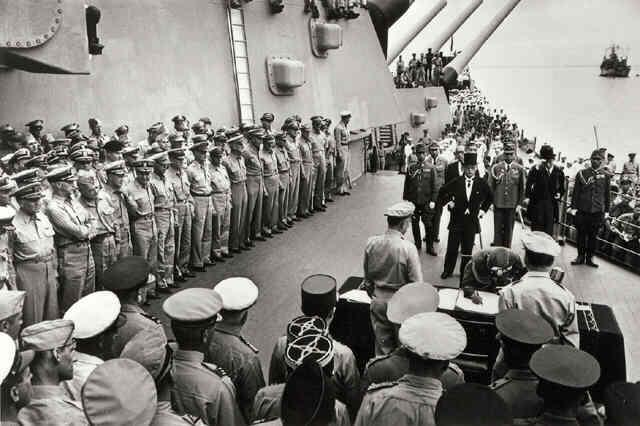 Japanese Surrender on Board the U.S.S. Missouri in Tokyo Bay, September 2, 1945 (Life Magazine/Time Warner Inc.) Gelatin Silver print